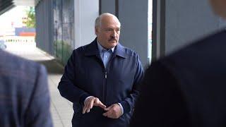 Лукашенко: Зачем ты футболистов выпустил вчера на поле? Мне стыдно на них было смотреть!